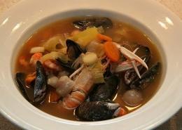 Čista ribja juha iz ostankov