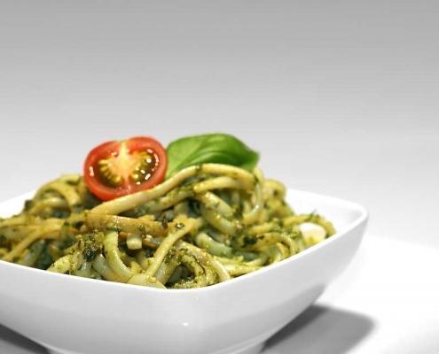 Bazilikini špageti